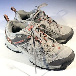 New Balance 645 Women's Hiking Trail Shoes size 7